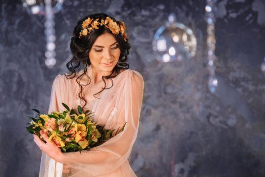 Алёна портрет в платье
